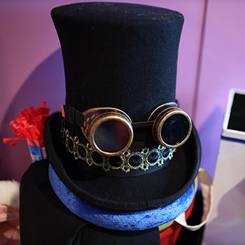 Steampunk Magician's Hat with Goggles